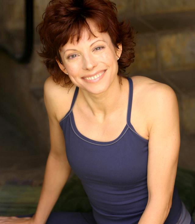 http://jeanneheileman.com/wp-content/uploads/2013/12/jeanne-heileman-yoga-teacher-trainer-bio-pic1.jpg
